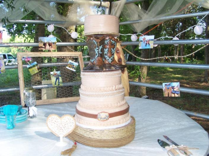 [Image: Beautiful day for a country wedding. With mocha icing and marble cake. ]
