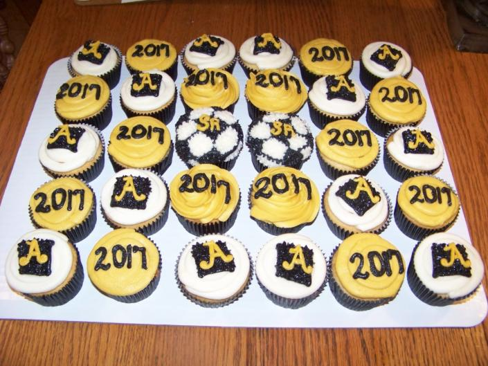 Graduation cupcakes - Sweets & Other Treats