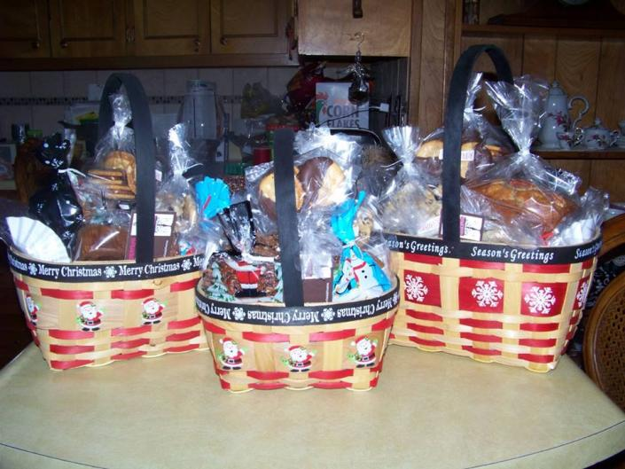 [Image: Are you looking for a special gift? Our gift baskets are filled with our high-quality bakery goods and they are a perfect choice! ]