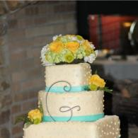Wedding Cake With Classical Details